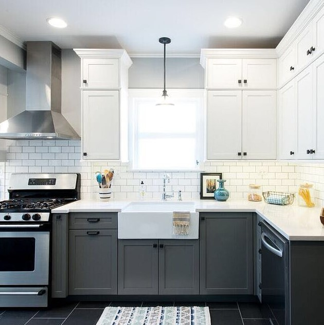 pictures of two tone painted kitchen cabinets